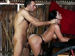Keiran Lee Fucks Dark Haired Savannah Stern In Her Mouth As Hard As Possible In Steamy Oral Act