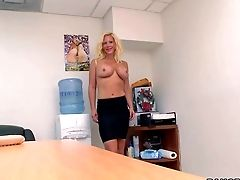 Gorgeous And Sexy Blonde Cougar Dawson Daley Loves In Her