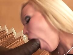 Ample Titted Bitch In Fishnets Austin Taylor Gets Her Twat Blacked On The Stairs