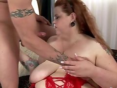 Fat Tattooed Sandy-haired Bailey Belle Gets Her Enormous Natural Tits