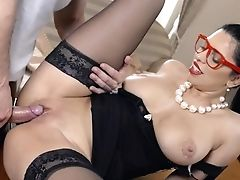 Fantasy Office Gonzo With Kira Queen