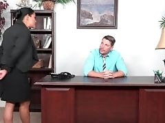 Maxine Is A Jizz-covered Assistant