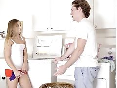 Nice Natural Gf Sydney Cole Is Impatient To Be Fucked On The Kitchen Counter