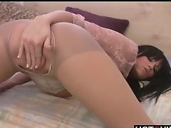 Big Tits Dark-haired Strokes Her Coochie In Couch