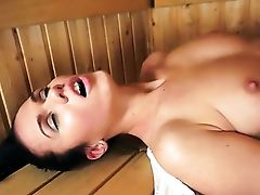 Blonde With Gigantic Tits Has Some Time To Have Fun With Her Cunt