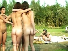 Eight Teenagers - Four Guys And Four Damsels