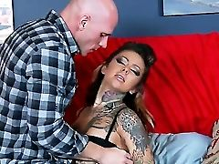 Wild Julia Bond Could Not Fight Back Johnny Sins Awesomely Fat Pecker As She Deep Throats It Thirstily