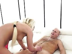 Blonde Loves Guys Muscular Rock Hard Instrument In Her Warm Mouth