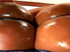 See The Cool Threesome Pounding With Two Insatiable Dark-hued Chicks! Amanda, Jada Fire And Reno Have Tons Of Joy. Dude Oils Bods Of Chicks Before Beg