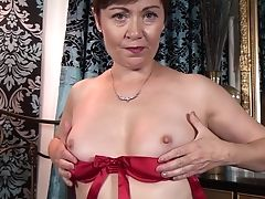 Dirty Matures Kitty Creamer Makes Herself Jism On The Sofa. Hd Flick